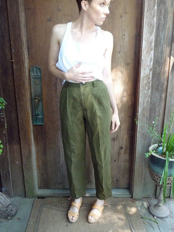 Green Linen Slacks