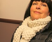 "Scarf Knitting Pattern ""Nicely Wrapped"" Bulky Weight Yarn"