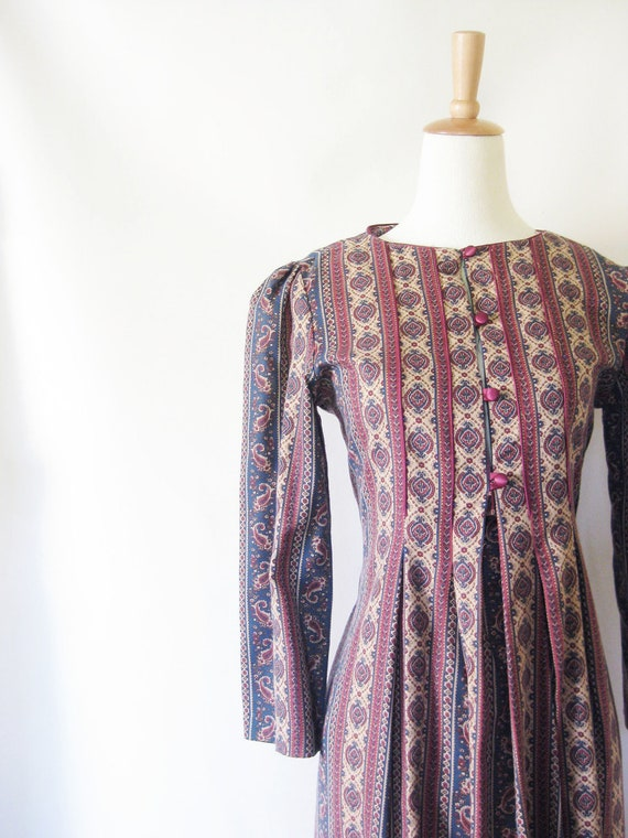 Vintage MAXI Dress 1970s CAFTAN Small Medium S M 70s Indie Hipster High Fashion Empire Waist Boho