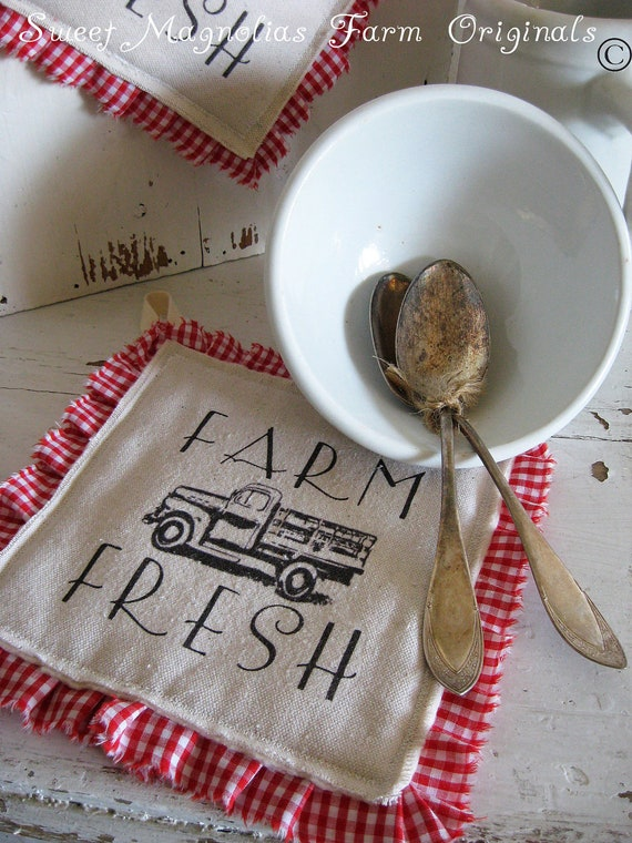 """Farmhouse Hotpad """"Farm Fresh"""" Vintage Truck - Perfect for BBQ's.. Parties.... and Everyday Use"""