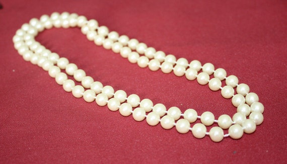 CLEARANCE PRICE Long Faux Pearl Necklace
