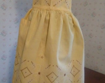 SALE Mid Century Embroidered Half Apron With Pocket