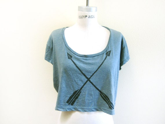SAMPLE SALE - Tribal Arrows Drop Shoulder Hand Stenciled Slouchy Deep Scoop Neck Crop Tee in Heather Green - OS Medium/Large