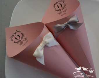 Wedding Paper Cones - Set of 100 - Wedding Candy Cones - Party Celebration Cones - Food Cones - Custom Wedding Cones - Monogram Paper Cones