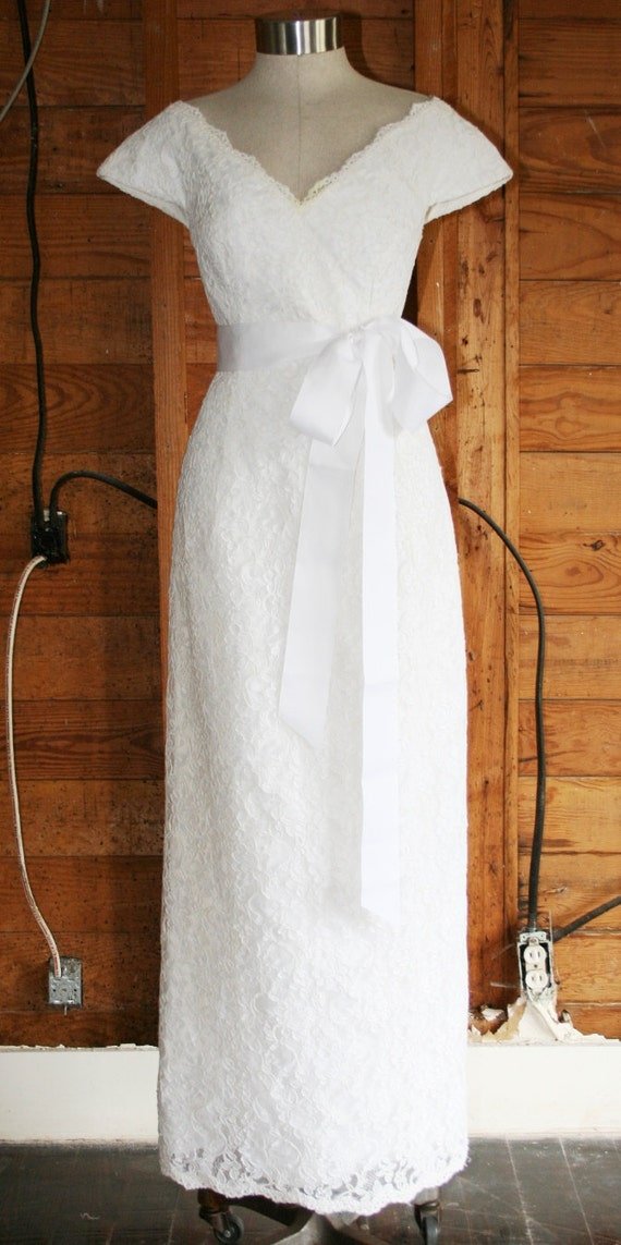 To Infinity and Beyond - Circa 1980's -  Lace Sheath - Wedding Dress - Bride By Vivian Diamond for Dressy Creations