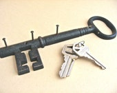 Vintage Large Skeleton Key Iron Key Rack Holder
