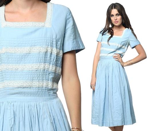 1960s Mad Men Dress Pin Up Vintage Cotton Pintuck Light Blue Lace 50s 60s Full Skirt Metal Zipper Short Sleeve Day Square Neckline Large L