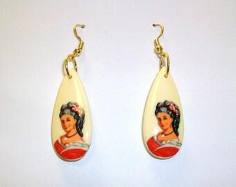 Vintage Teardrop Lady Earrings DEADSTOCK
