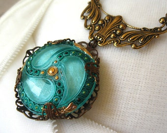Mint - Green amber brass filigree necklace - Elysia