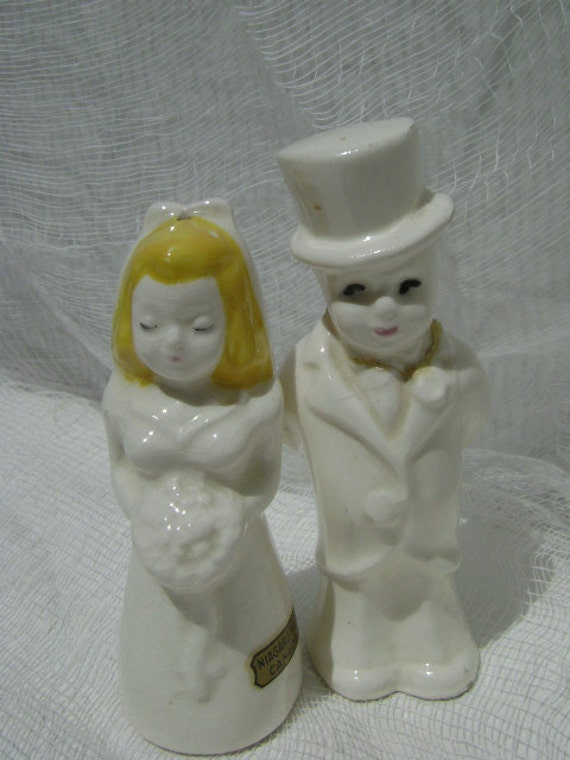 Vintage Salt And Pepper Shakers Bride And Groom Wedding