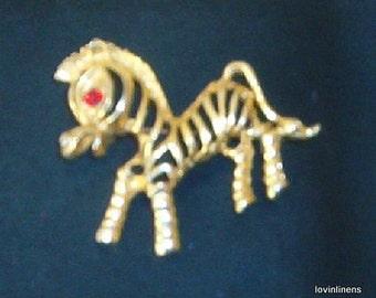 Zebra Pin Gold Metal Filigree w/Rhinestone Eye vintage