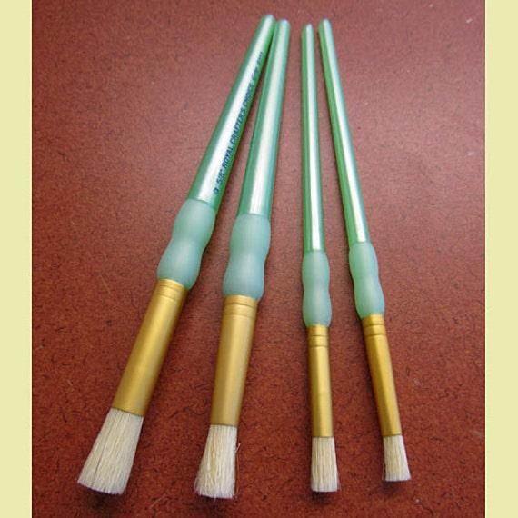 Stencil Brush Set 4 pc Natural bristle, Great for stenciling