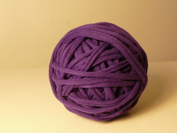 Recycled Tshirt Yarn - Purple - 36  yds - RT600