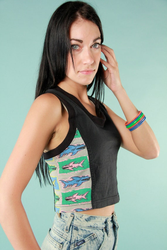 Vintage Early 1990s Retro Beach Trash Neon Shark Racerback Fitted Cropped Tank Top Medium