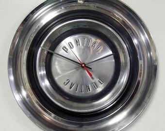 1958 Pontiac Wall Clock - Hubcap Clock - Bonneville Catalina Star Chief Super Chief Chieftain Savoy Safari Wagon Wall Decor
