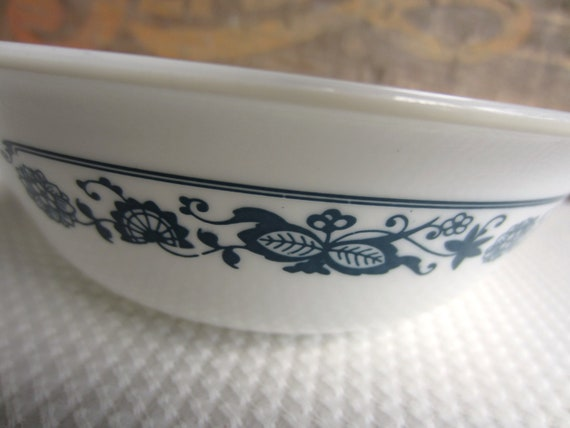 Vintage Old Town Blue Coupe Cereal Bowls Corelle Corning Pyrex