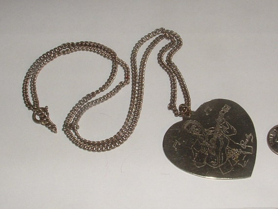 sale-1956 ELVIS heart pendant necklace signed item very rare silvertone with guitar