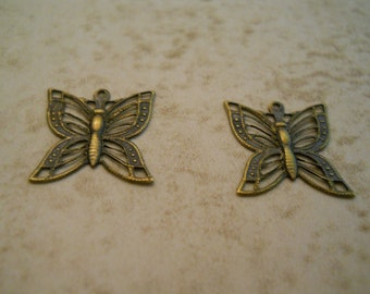 Antique brass filigree Victorian butterfly charms (4) 20x13mm Item 2027