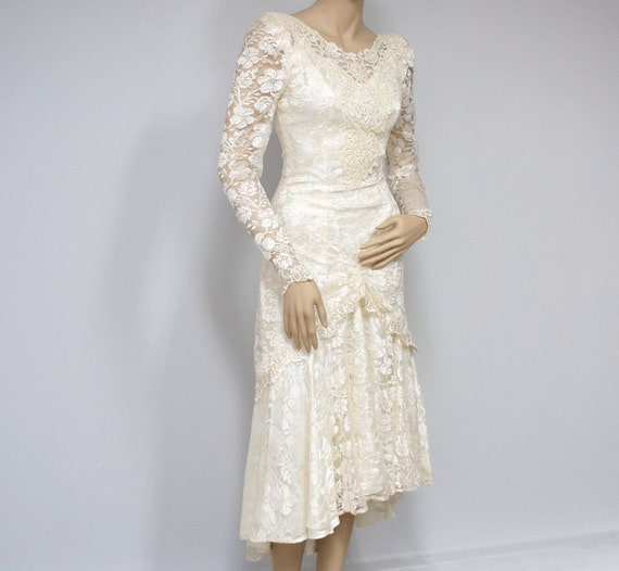 Vintage Wedding Dress / Lace / Satin / Tea Length / Ivory / 1980's / Princess / Tiered / Ruched /Long Sleeved / Small