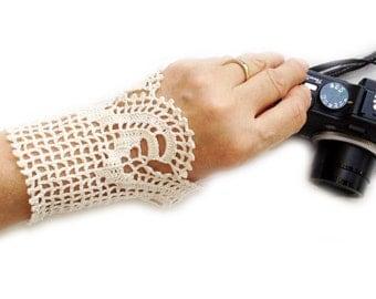 PDF Tutorial  Crochet Gloves Pattern,     Wedding  Lace Gloves,  Fingerless Gloves, Lace Wrist Cuffs