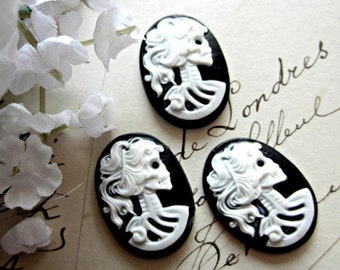 6 Girl skull cameo black white Lolita skull cabochon 18mm 25mm Gothic jewelry making day of the dead