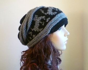 Cat Lover Alert - Newsboy style, Slouch hat with cats in black and gray,hand knit hat, unisex hats