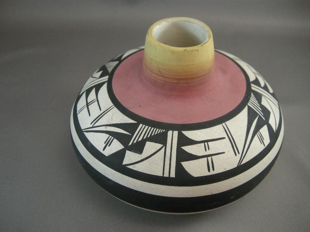 Vintage Navajo Signed Pottery Vase