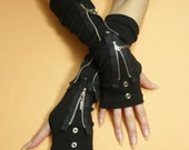 Black Gloves with Metal Zipper and Grommets, Gothic Cyber Armwarmers, Fingerless Unisex, Bondage and Punk, Visual Kei