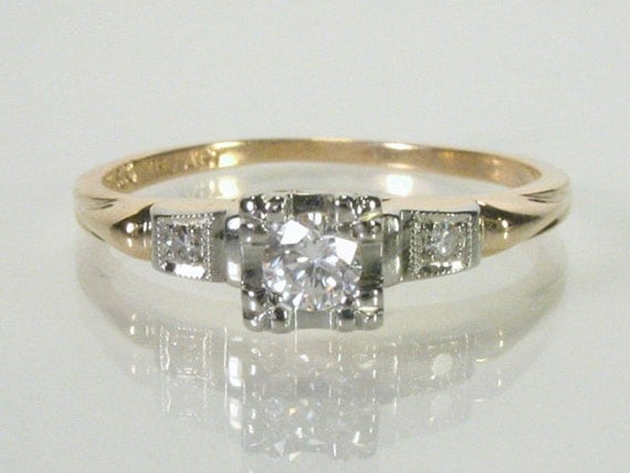 Vintage Diamond Engagement Ring - 0.14 Carats