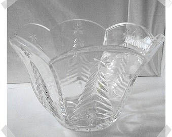 Vintage Pressed Glass Bowl w/Pressed Tree Design/ Holiday Decor*