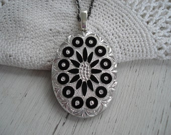 Vintage Glass Cameo West Germany Black and Silver Intaglio Etched Pendant Necklace