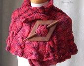 ROLANDA, Knitting capelet pattern, PDF - BernioliesDesigns