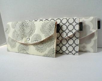 Set Of 3 - Modern Winter Whites - Bridesmaid Clutches