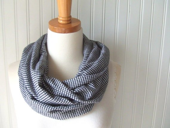 Houndstooth Flannel Infinity Cowl Scarf in Black and White - Loop, Circle Scarf Fall Fashion Autumn Accessory