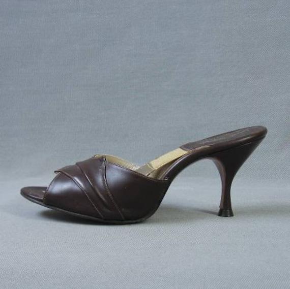 50s 60s Springolator Vintage Shoes Heels Brown Stilletto 6