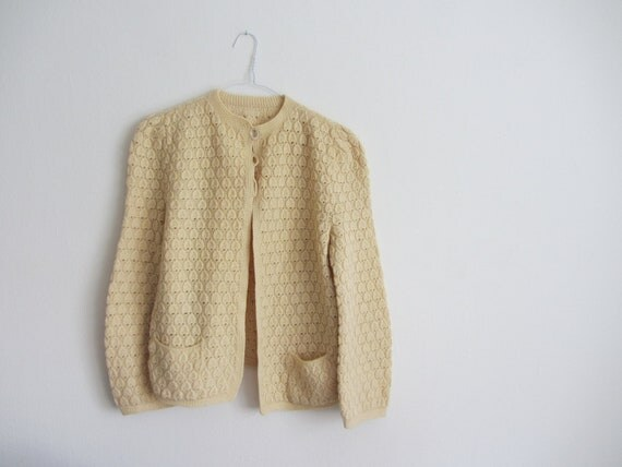 waffle knit 1950 cardigan . vintage hand knit sweater . cream ecru .large.extra large.xl