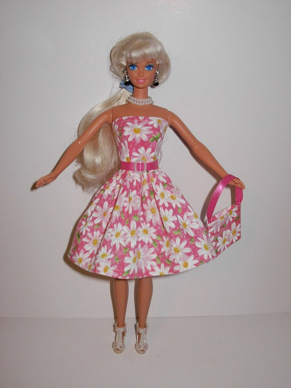 Cute pink daisy dress and bag for barbie doll