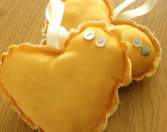 Golden Silk Scented Fabric Heart Wedding Favours - Bulk Buy x 18 - Hand Dyed - Lavender Scented - Organic - Ready to Ship
