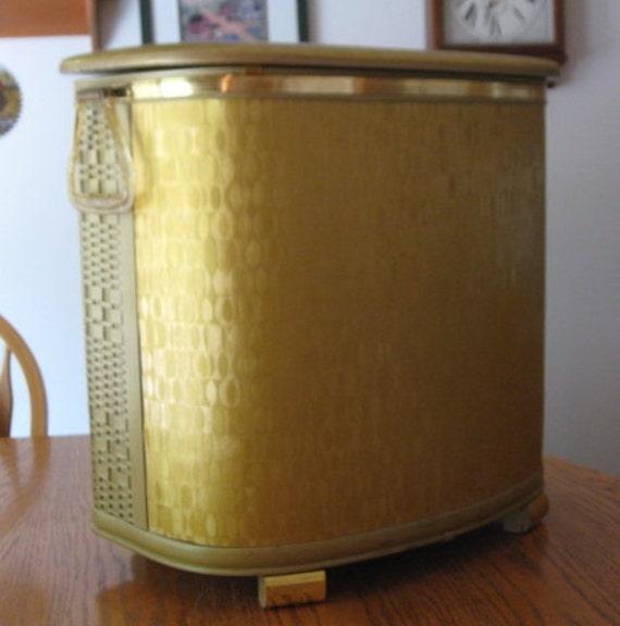 VTG Pearl-Wick Short Gold Mid Century Vinyl Wicker Hamper