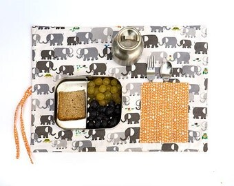 Placemat in organic  cotton, grey child place  mat with pocket in  orange. Elephant pattern.  Kids gift
