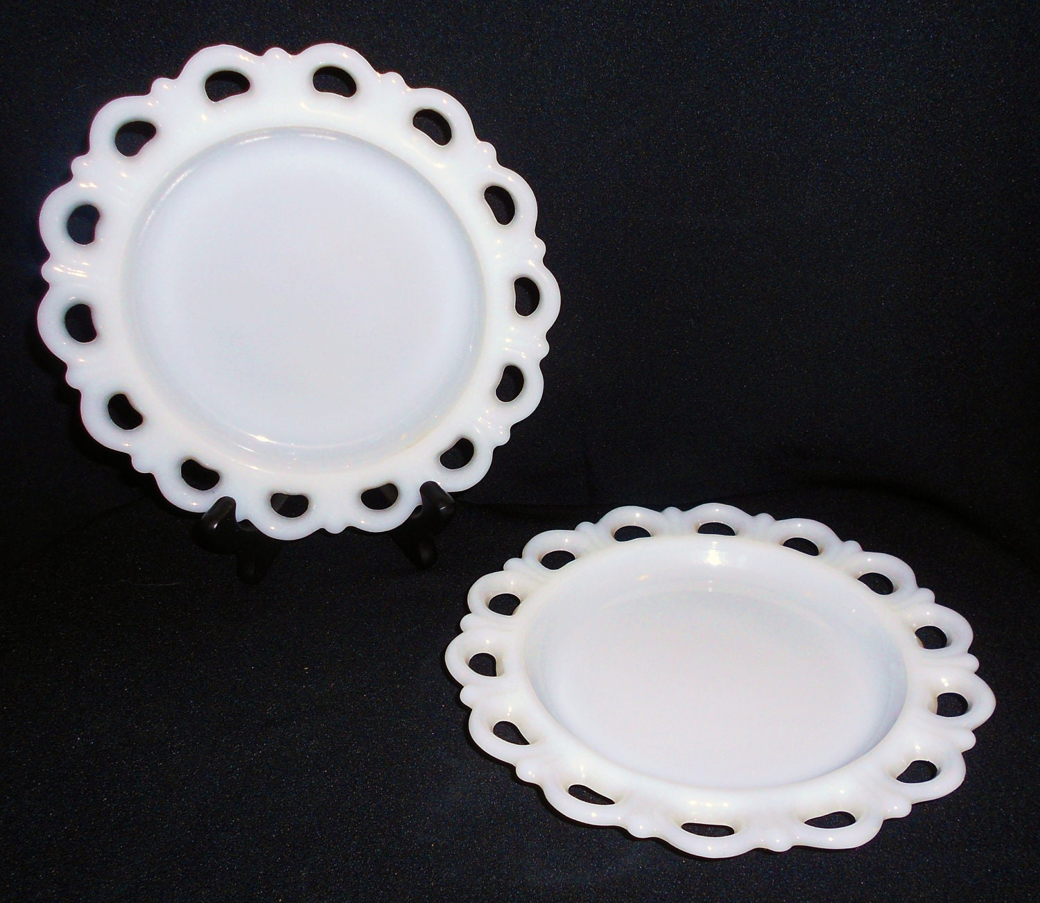 2 Vintage White Milk Glass Plates With Reticulated Lace Edge