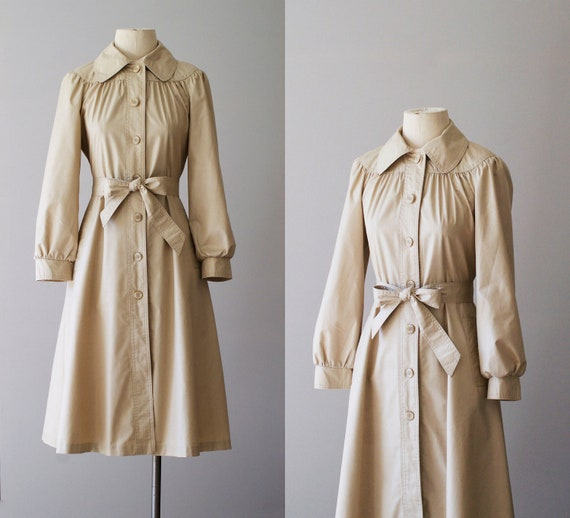 70s trench / 1970s tan princess trench coat / Tan Bella jacket