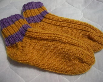 Sale Handmade Knit Wool Socks Ladies Size 7 Bedsocks