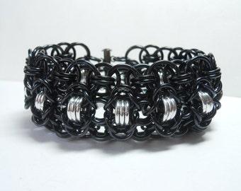 Chainmaille cuff bracelet, Gothic bracelet, Rondo a la Byzantine, Black and silver