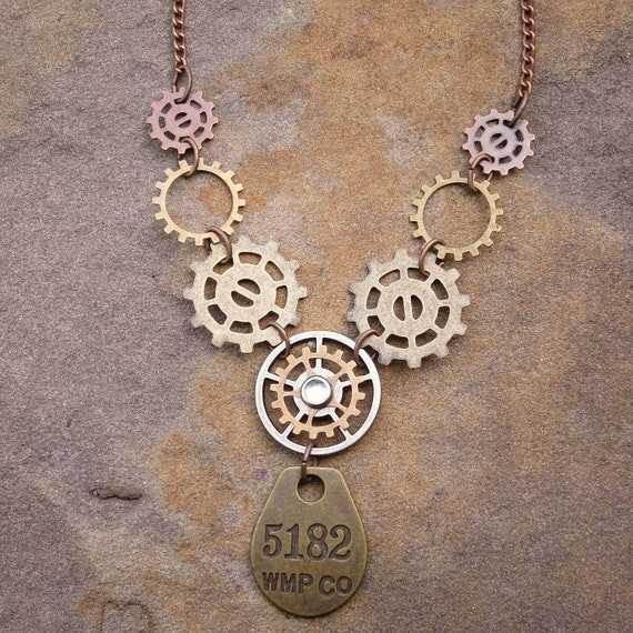 Steampunk Gear Fashon Necklace