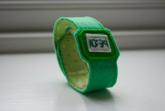 Green ticky tock for adults - handmade