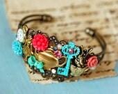 a marvelous ALICE IN WONDERLAND bracelet