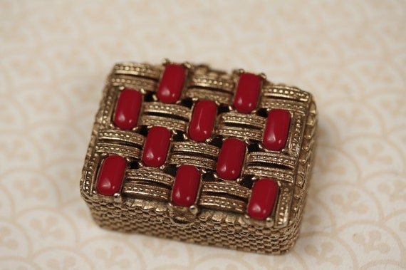Vintage Red Stone Trinket Dish, Colorful Gold Jewelry Box, Small Bright Container, Ring Storage, Home Decor, Elegant, Accessories Holder