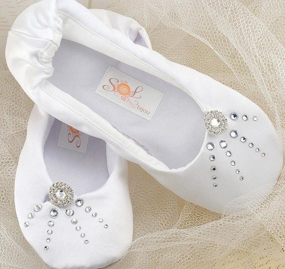 White Flats, Wedding Flats, Ballet Flats,Crystal Flats,Elegant Wedding, Shoes, Flats,Ballerina, Slippers,First Communion, Flower Girl, Satin