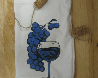 Wine Bottle Tote with a cluster of Blue Grapes and Wine Glass